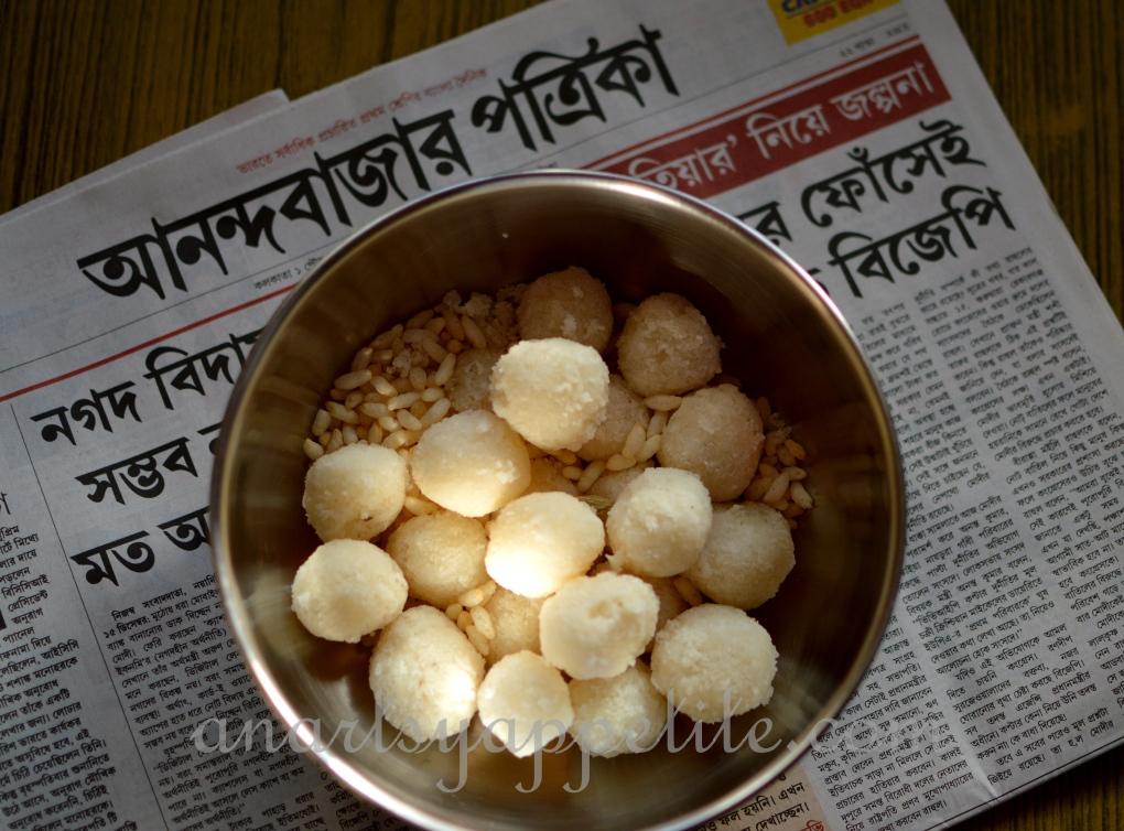 Food in Kolkata - homemade recipes , bengali food recipes, food in bengali homes, homemade naru, coconut balls