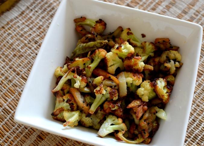 Food in Kolkata - homemade recipes , bengali food recipes, food in bengali homes, alu posto, bhaja