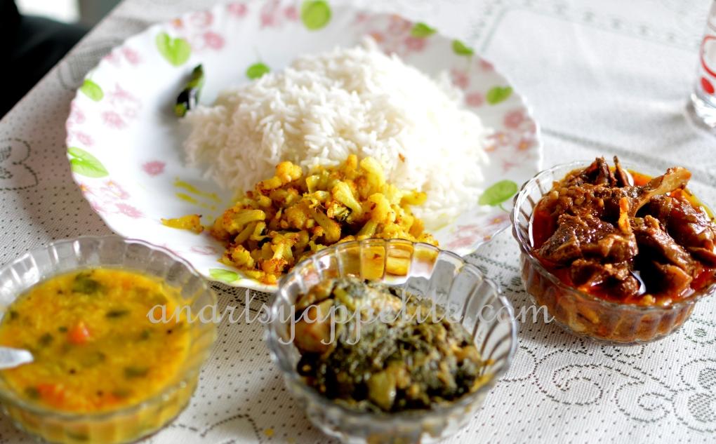 Food in Kolkata - homemade recipes , bengali food recipes, food in bengali homes,