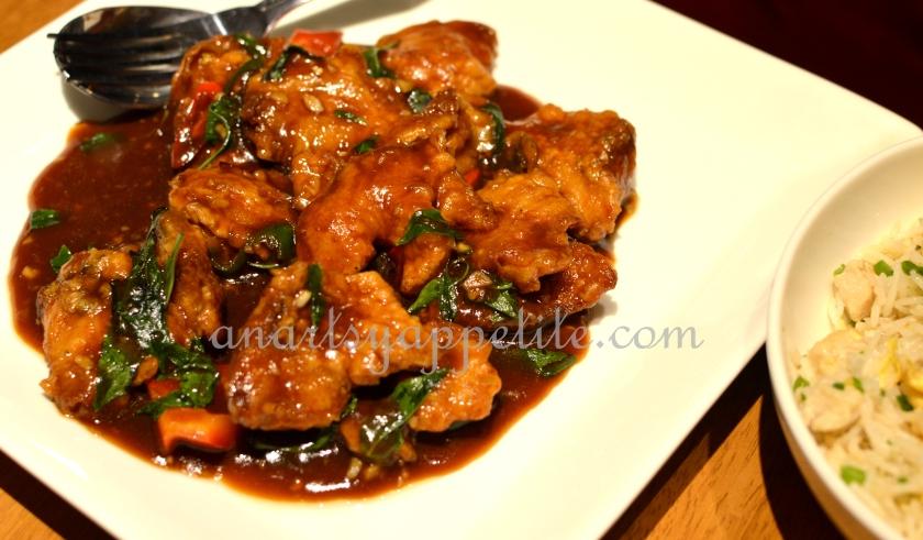Kolkata winter and food, restaurant food in Kolkata, Kolkata eating, dumplings, momo, chinese food in Kolkata