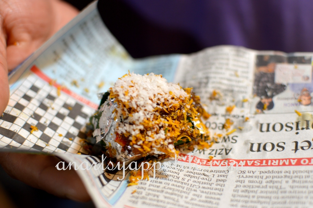 Kolkata winter and food, restaurant food in Kolkata, Kolkata eating , paan, indian paan, beeltle leaf, indian mouth freshener, park street calcutta pan shop